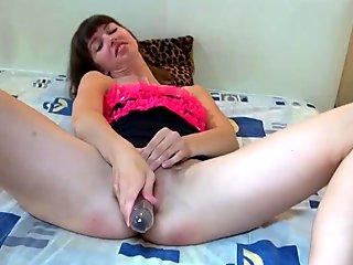 OldNanny Teen masturbating their pussy and using dildo