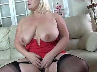 Grandma gets pussy fucked