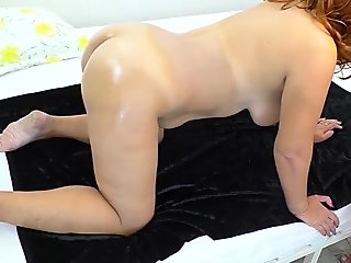 Mature mom with big ass gave son a blowjob and had anal sex